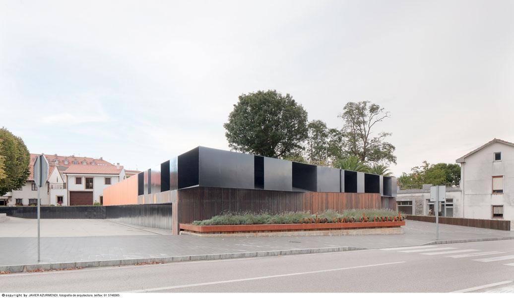 Fin de obra para la rehabilitación del centro cívico y parque central de Meruelo